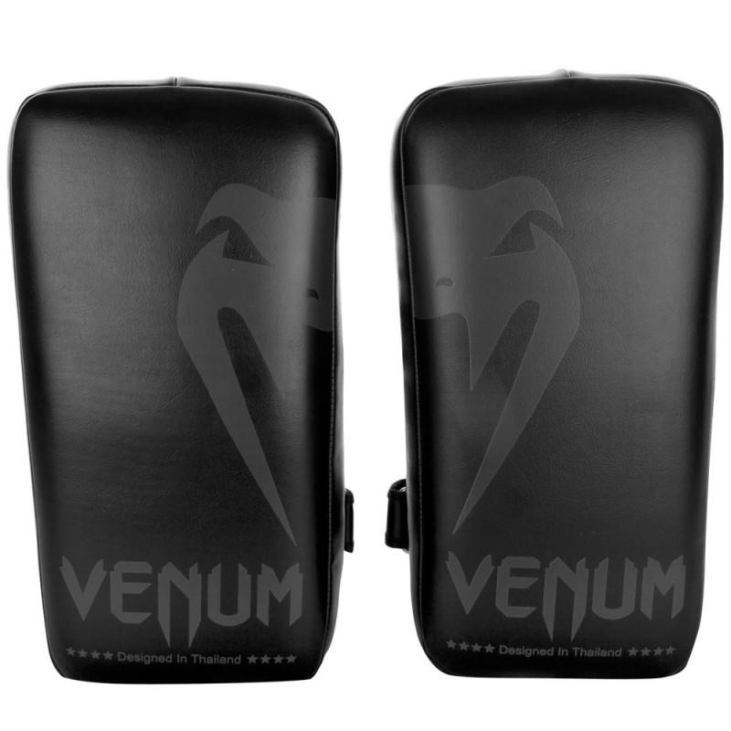 Venum Giant Kick Pads Black Black Pair
