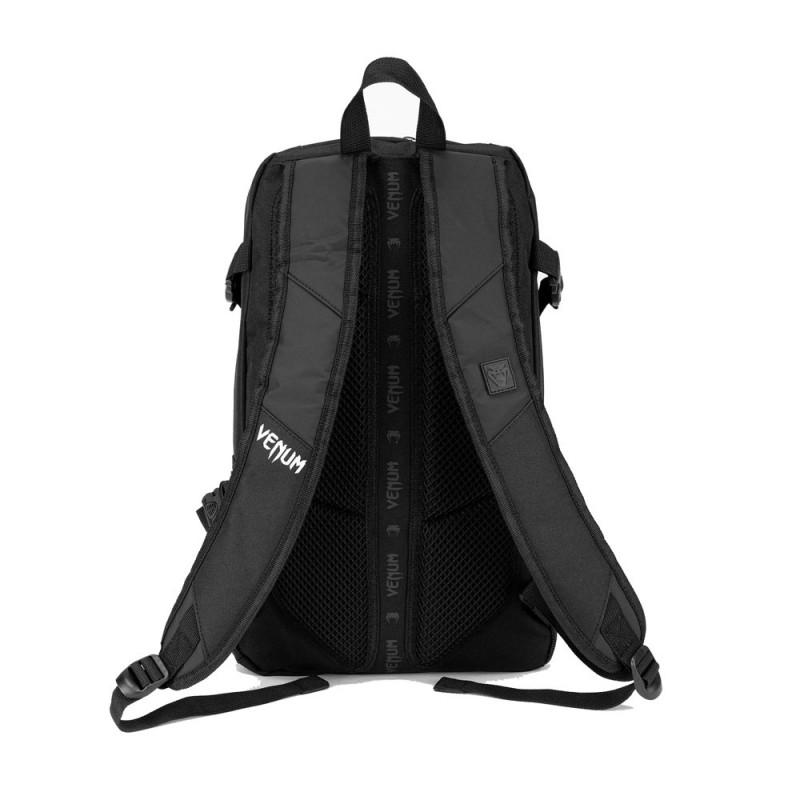 Venum Challenger Pro Evo Rucksack schwarz weiss