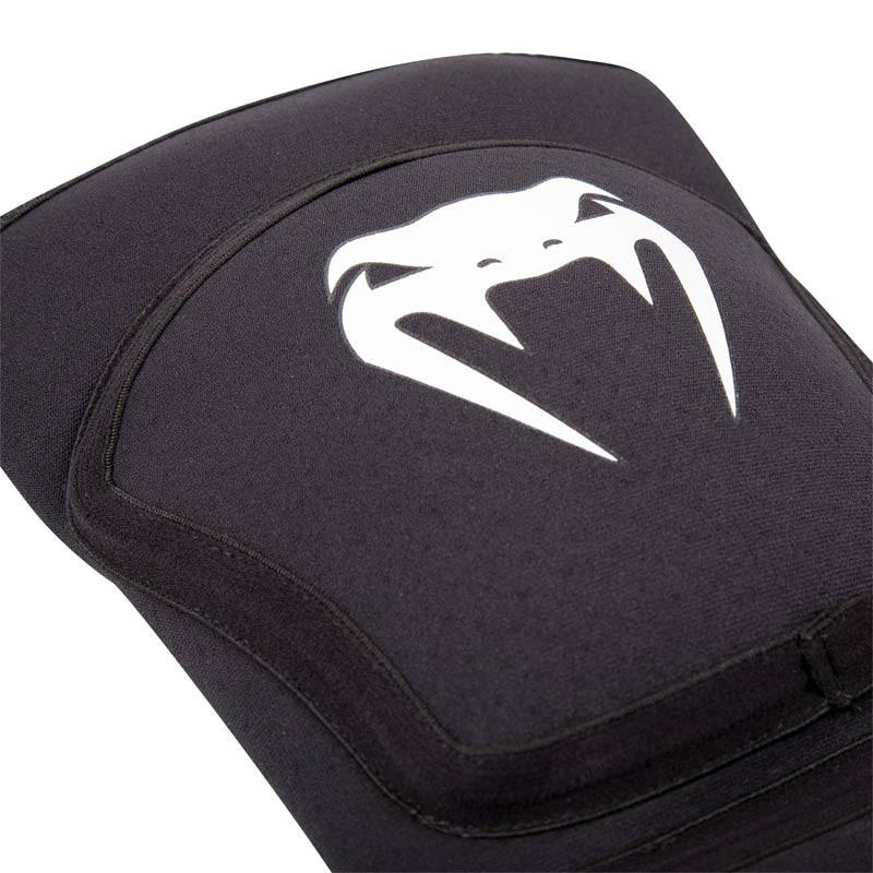 Venum Kontact EVO Knee Pads Black