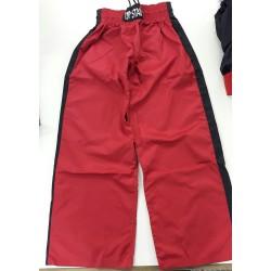 Kickboxhose Stripe Rot Schwarz