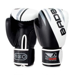Abverkauf Bad Boy Pro Series Advanced Thai Boxing Gloves Black White